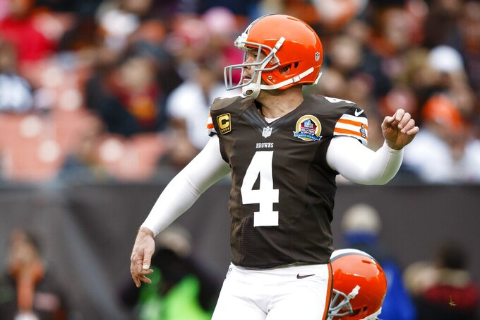 Kicker Phil Dawson, 44, retiring with Browns after 20 years