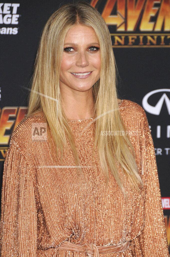 "Gwyneth Paltrow reveals she suffered coronavirus ""early on"""