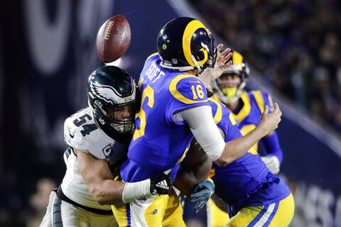 APTOPIX Eagles Rams Football
