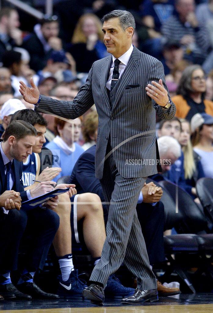 CalSports AP SPO  DC USA CSMAP NCAA Basketball 2017 - Villanova beats Georgetown, 81-55