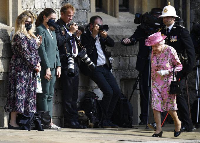 Britain's Queen Elizabeth II arrives to meet with US President Joe Biden before receiving a Guard of Honour at Windsor Castle near London, Sunday, June 13, 2021. (AP Photo/Alberto Pezzali)