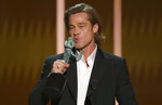 Brad Pitt kisses