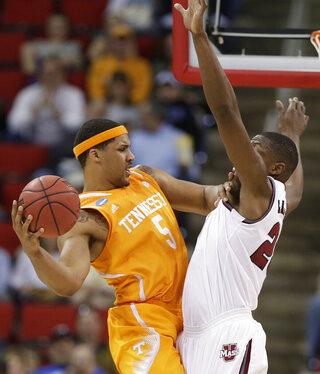 NCAA UMass Tennessee Basketball