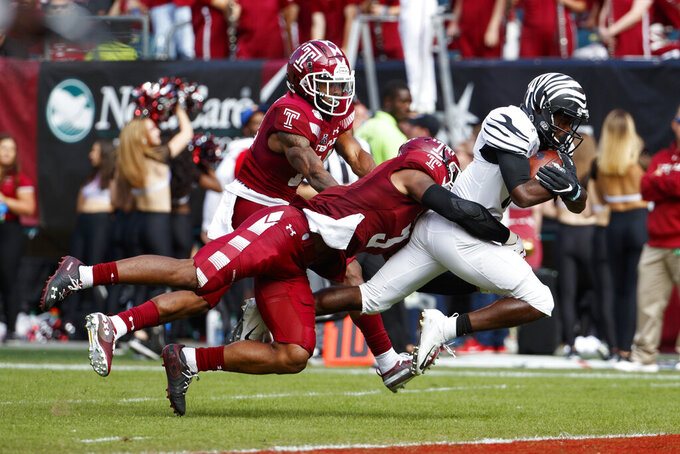 Russo, Temple upset turnover-prone No. 23 Memphis 30-28