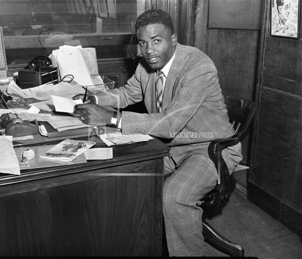 Associated Press Sports New York United States Professional baseball (Other) JACKIE ROBINSON SIGNS CONTRACT