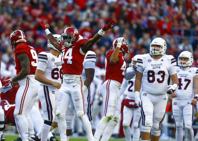 Top-ranked Alabama, Auburn square off in Iron Bowl showdown