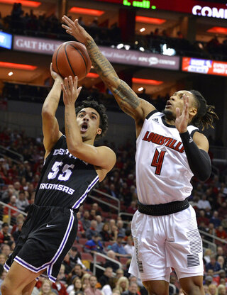 APTOPIX Cent Arkansas Louisville Basketball