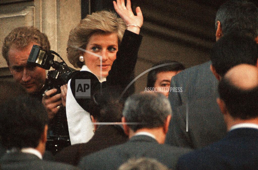 Watchf AP I   FRA APHS377772 Princess Diana