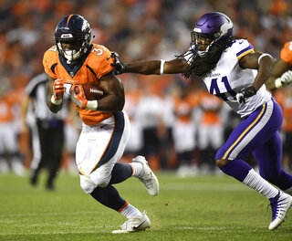 Broncos Freeman Starts Football
