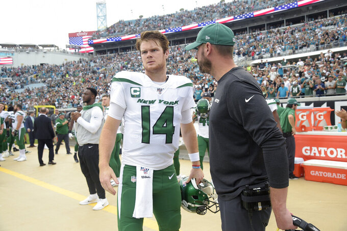 Darnold: Another year with Gase will be 'absolutely amazing'