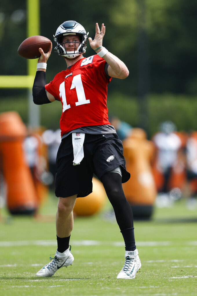 Philadelphia Eagles' Carson Wentz participates in a drill during organized team activities at the NFL football team's practice facility, Wednesday, June 5, 2019, in Philadelphia. (AP Photo/Matt Slocum)