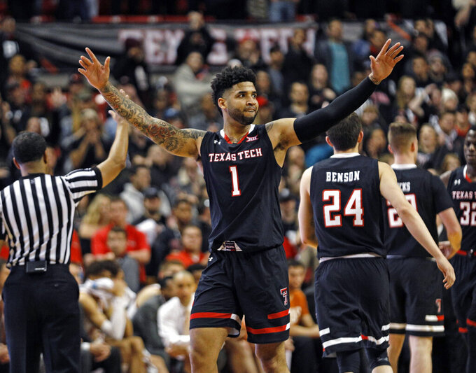 No. 8 Texas Tech routs Texas 70-51, stays even with K-State