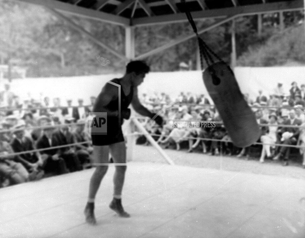 Associated Press Sports New York United States Boxing HEAVYWEIGHT DEMPSEY TRAINING