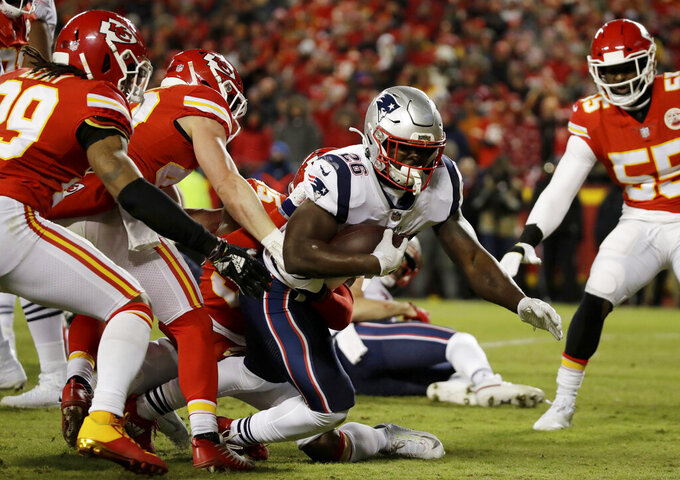 New England Patriots running back Sony Michel (26) runs against New England Patriots defense during the first half of the AFC Championship NFL football game, Sunday, Jan. 20, 2019, in Kansas City, Mo. (AP Photo/Elise Amendola)