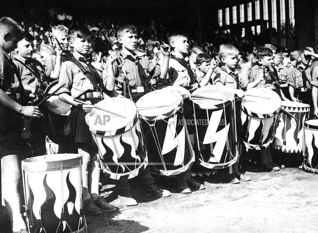 Watchf AP I   DEU APHS380295 Hitler Youth