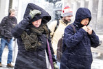 Commuters walk in the snow as a winter weather advisory is issued for the Chicago area on Monday, Nov. 11, 2019, in Chicago. (Rich Hein/Chicago Sun-Times via AP)