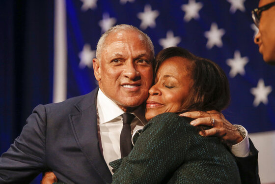 Mike Espy, Portia