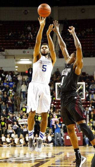 Andrew Harrison, Fred Thomas