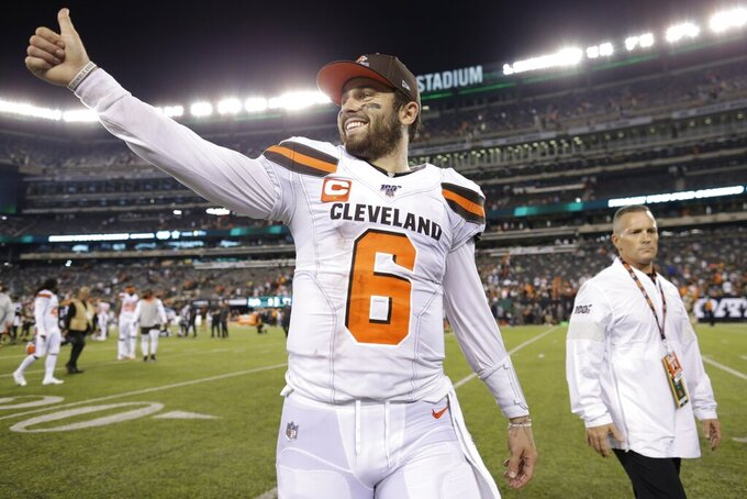 Cleveland Browns quarterback Baker Mayfield (6) gestures to fans after an NFL football game against the New York Jets, Monday, Sept. 16, 2019, in East Rutherford, N.J. (AP Photo/Adam Hunger)