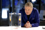 """This image released by CBS shows William Petersen reprising his role as Gil Grissom in a scene from the new """"CSI: Vegas,"""" the sequel to the Network's global hit """"CSI: Crime Scene Investigation."""" (Sonja Flemming/CBS via AP)"""