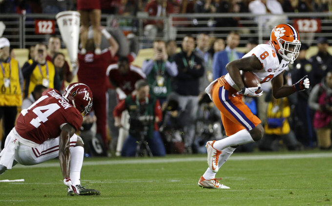 Clemson's Justyn Ross catches a touchdown pass during the second half of the NCAA college football playoff championship game against Alabama, Monday, Jan. 7, 2019, in Santa Clara, Calif. (AP Photo/David J. Phillip)