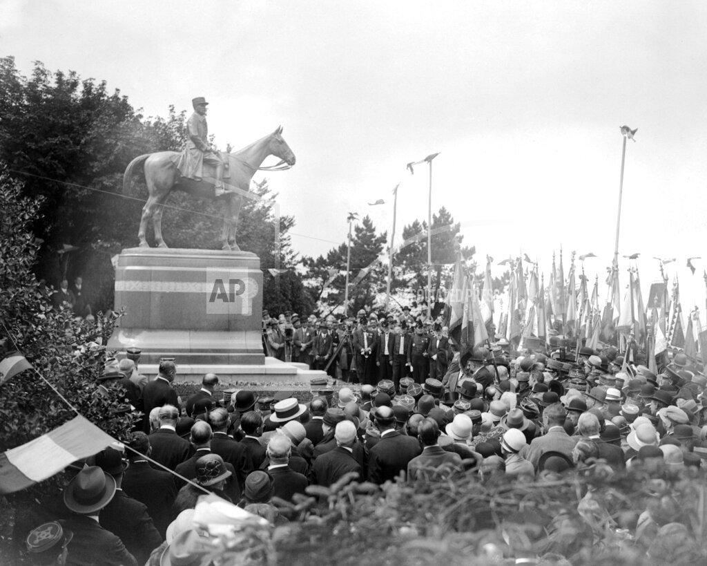 Watchf AP I   FRA APHSL58976 France Marshal Foch Statue
