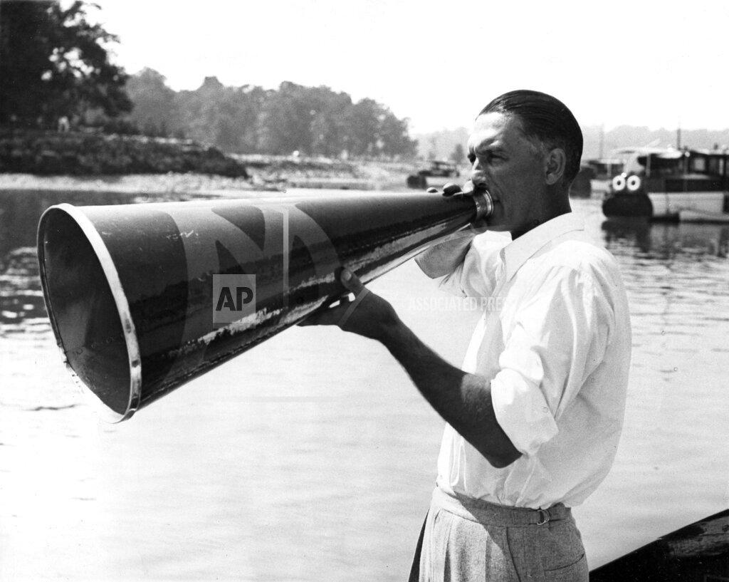 Watchf AP S OLY NY USA APHS470067 1936 Olympics Rowing Ulbrickson