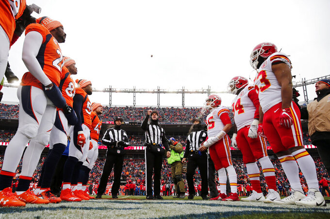 Kansas City Chiefs at Denver Broncos 12/31/2017