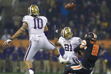 Oregon State Beavers against the Washington Huskies