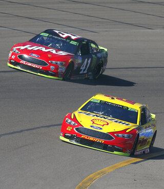 NASCAR Phoenix Auto Racing