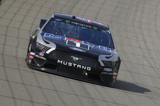 Kevin Harvick races during a NASCAR Cup Series auto race at Michigan International Speedway in Brooklyn, Mich., Sunday, Aug. 11, 2019. Harvick won the race. (AP Photo/Paul Sancya)