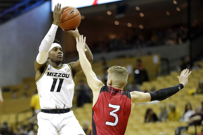 Missouri opens with 82-42 rout of Incarnate Word