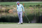Justin Thomas reacts after missing his shot on the fourth hole during the final round of the Zozo Championship golf tournament Sunday, Oct. 25, 2020, in Thousand Oaks, Calif. (AP Photo/Ringo H.W. Chiu)