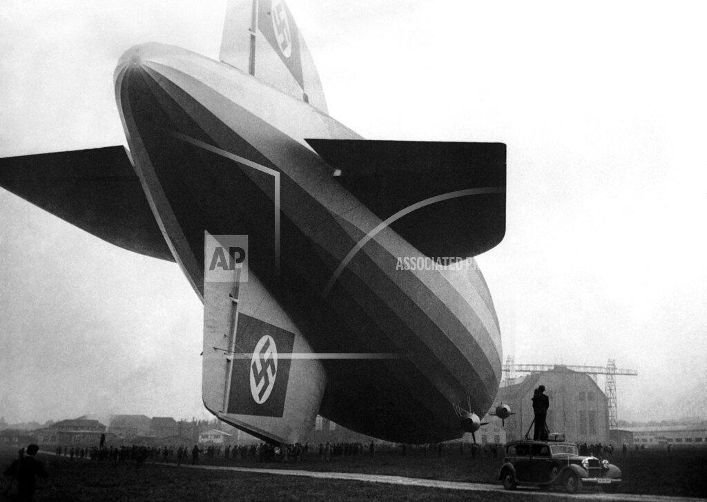 Watchf AP I   DEU APHSL45381 Germany New Graf Zeppelin Airship