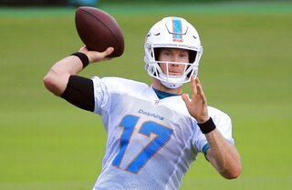 Dolphins-Colts Preview Football