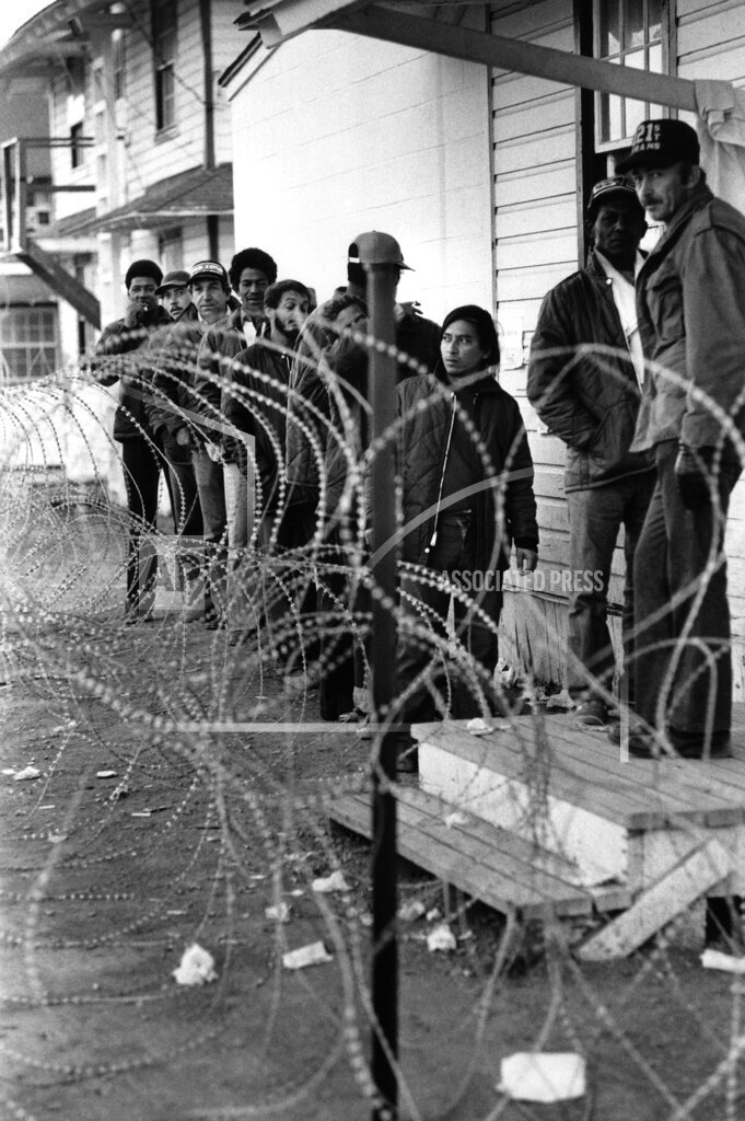 Watchf AP A  PA USA APHS287600 Cuban refugees in the U.S.