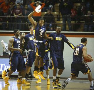 UNC Greensboro Virgina Tech Basketball