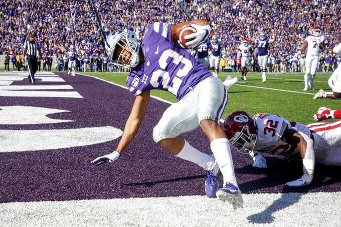 Thompson scores 4 TDs as K-State stuns No. 5 Sooners, 48-41