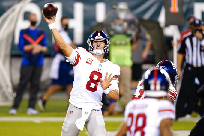 New York Giants' Daniel Jones passes during the first half of an NFL football game against the Philadelphia Eagles, Thursday, Oct. 22, 2020, in Philadelphia. (AP Photo/Chris Szagola)
