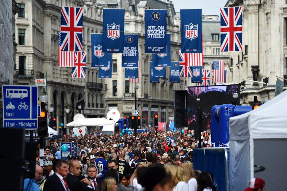 Britain Raiders Dolphins Football