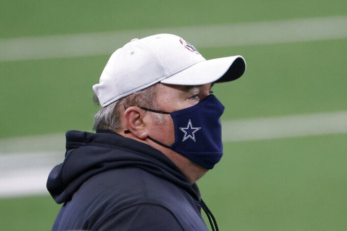 Dallas Cowboys head coach Mike McCarthy watches play against the Cleveland Browns in the first half of an NFL football game in Arlington, Texas, Sunday, Oct. 4, 2020. (AP Photo/Ron Jenkins)
