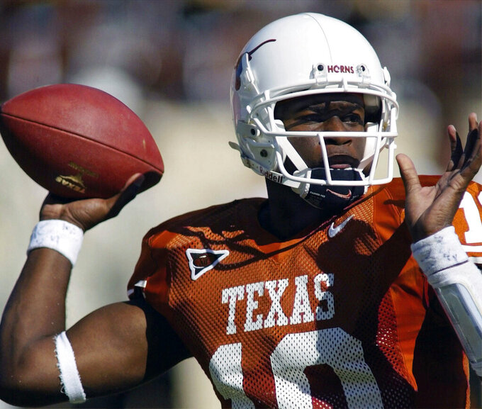 Texas fires former QB Vince Young from part-time job