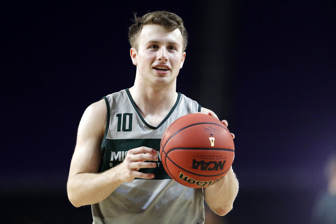 Jack Hoiberg enjoys ride at MSU, as dad takes Nebraska reins