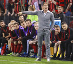 Atlanta United coach Frank De Boer gestures in front of the bench during the team's CONCACAF Champions League soccer match against Herediano on Thursday, Feb. 28, 2018, in Kennesaw, Ga. (Curtis Compton/Atlanta Journal Constitution via AP)