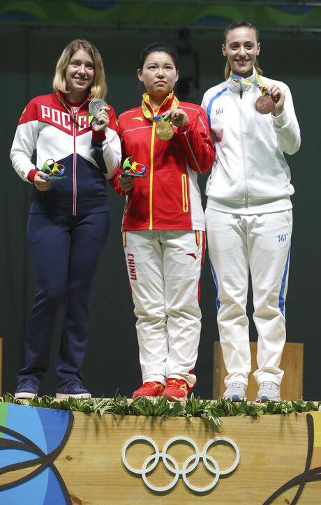 Vitalina Batsarashkina, Zhang Mengxue, Anna Korakaki