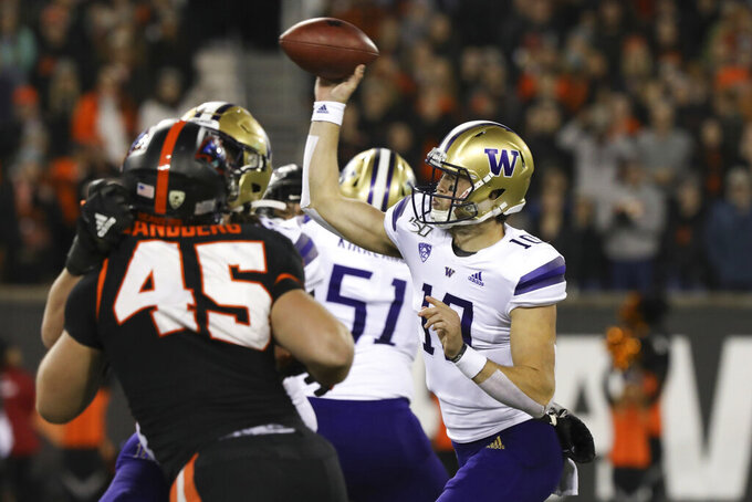 Ahmed has 2 TDs and Washington downs Oregon State 19-7