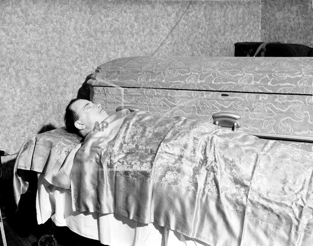 Associated Press Domestic News Indiana United States DILLINGER DEATH
