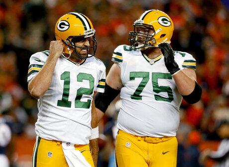Packers-Facing Mack Football