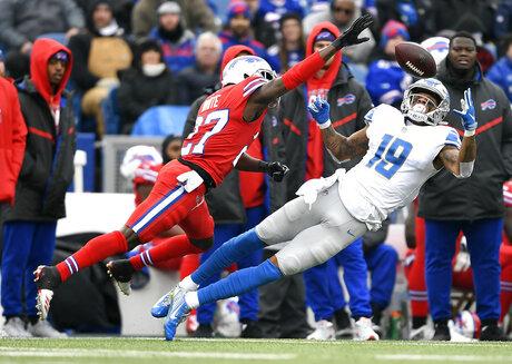 APTOPIX Lions Bills Football