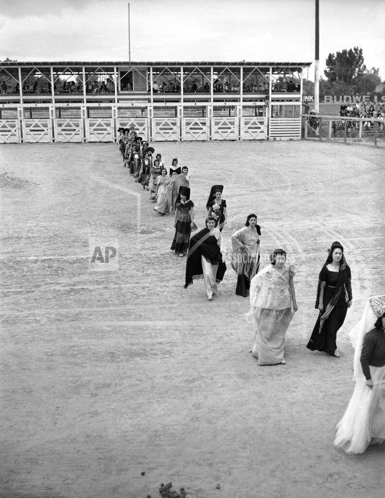 Watchf AP     APHS401578 Bullfighting